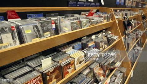 CD_Shelves_Getty